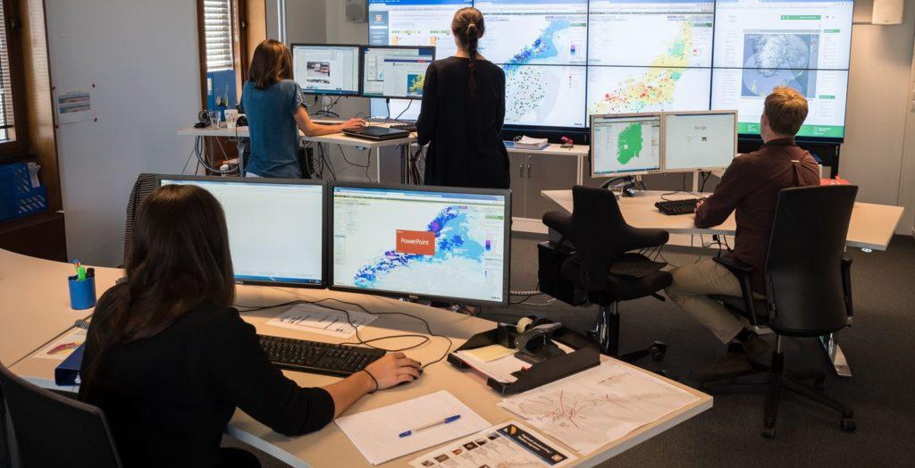 Varslingsrommet for flom- og jordskredfare på NVEs hovedkontor i Oslo. Foto: NVE.
